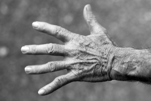 hand-elderly-woman-wrinkles-black-and-white-54321.jpeg